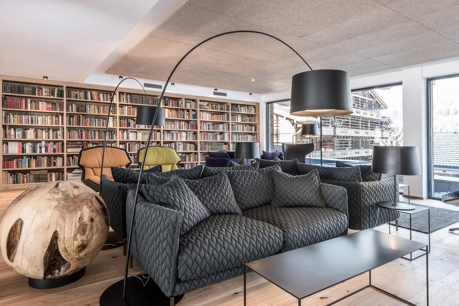 PURADIES Hotel & Chalets | Bibliothek 90 m²